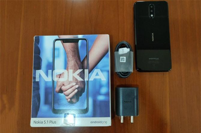 Clip: Mở hộp Nokia 5.1 Plus sắp bán ra tại Việt Nam
