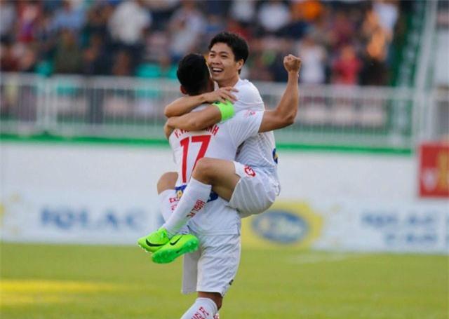 Công Phượng, Văn Thanh lọt đội hình tiêu biểu V.League 2018
