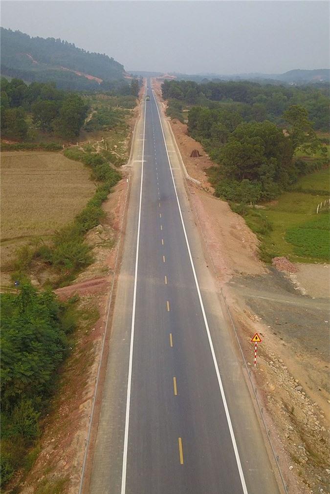 'Bay' trên con đường gần 3.000 tỷ nối liền Hà Nội - Hòa Bình - ảnh 3
