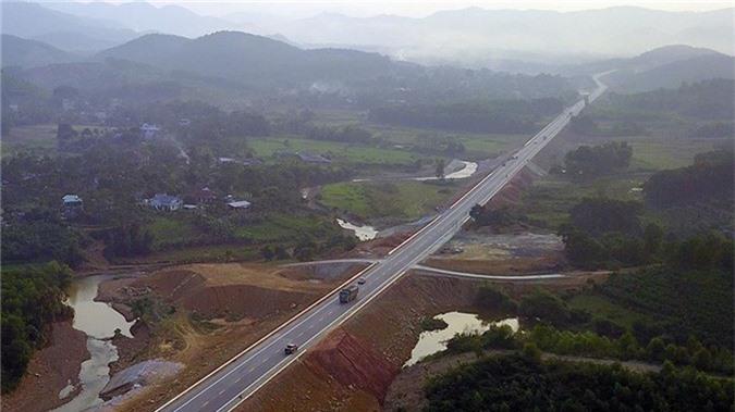 'Bay' trên con đường gần 3.000 tỷ nối liền Hà Nội - Hòa Bình - ảnh 6