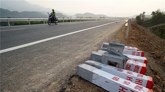 'Bay' trên con đường gần 3.000 tỷ nối liền Hà Nội - Hòa Bình - ảnh 8
