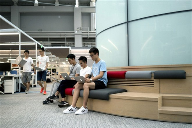 Zhang khẳng định mình không sao chép chất xám của bất cứ ai, từ sản phẩm đến công nghệ đều nhờ vào óc sáng tạo của tất cả mọi người.