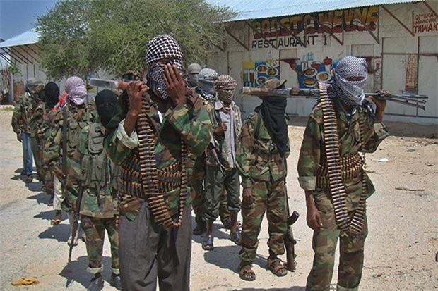 """""""Gián điệp"""" Anh, Mỹ bị khủng bố bắn chết ở Somalia"""