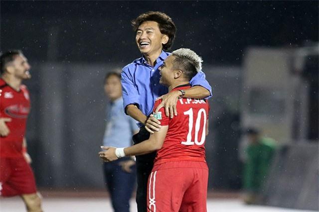 Cựu HLV đội tuyển Việt Nam đòi được bồi thường 4,7 tỷ đồng?