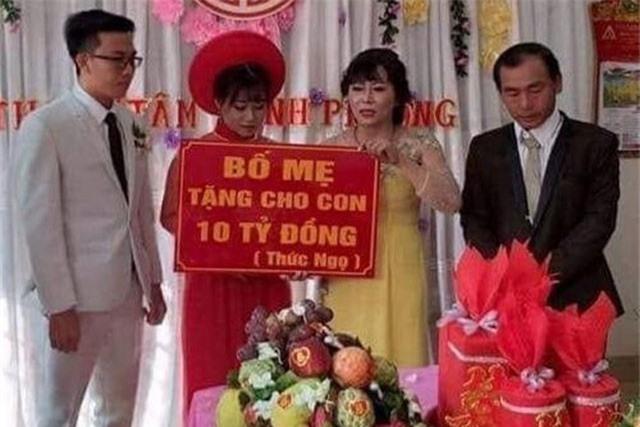 Đám cưới trao 10 tỷ đồng, cô dâu đeo vàng kín cổ 'gây bão' mạng