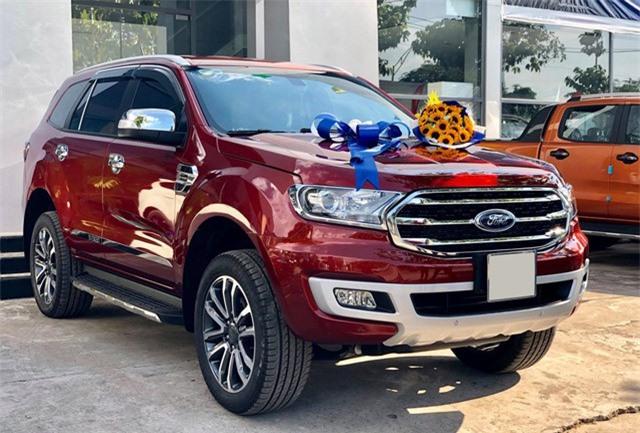 Ford, Toyota, Honda vẫn để đại lý bán xe 'bia kèm lạc' ở Việt Nam