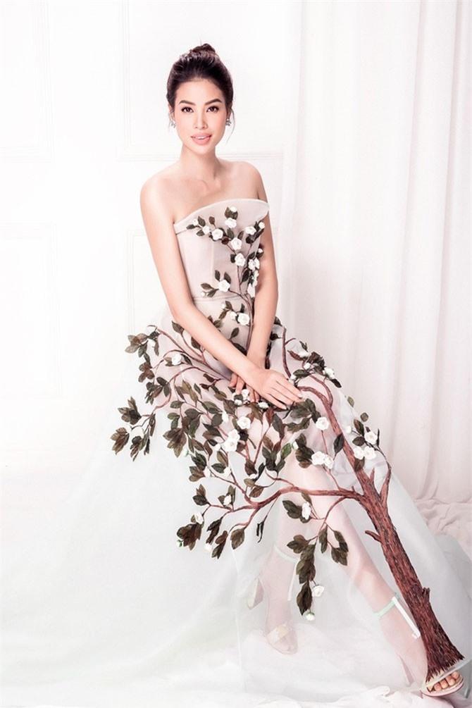 Pham Hương là một trong những Hoa hậu có sức ảnh hưởng lớn đến giới trẻ Việt Nam. Chính vì thế, những thông tin về cô gái sinh năm 1991 này được săn đón nhiệt tình.