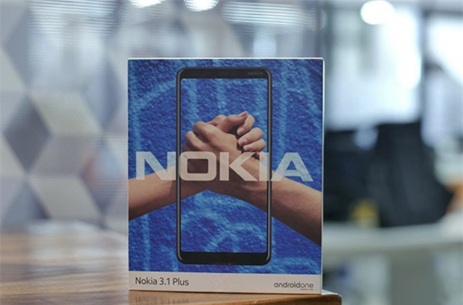 Hộp đựng Nokia 3.1 Plus.