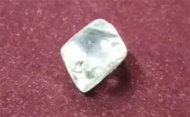 Đây là viên kim cương lớn thứ hai từng được tìm thấy ở mỏ Panna, Ấn Độ.