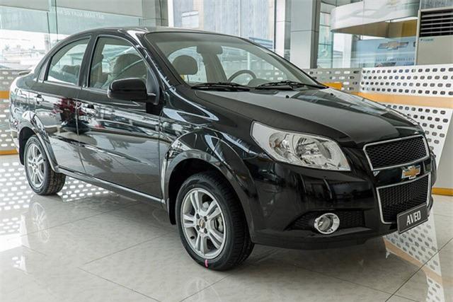 XE HOT qua ảnh (17/10): Sedan hạng B giảm giá mạnh, Việt Nam chi hơn 1 tỷ USD nhập khẩu ôtô