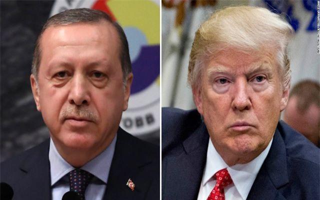"""Thổ Nhĩ Kỳ dọa đánh người Kurd ở Syria: """"Vuốt mặt không nể"""" mũi Mỹ?"""