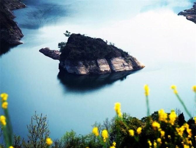 8 địa danh ngập nước độc đáo nổi tiếng thế giới