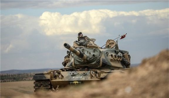 Phiến quân từ chối rời vùng đệm, đoàn xe quân sự Thổ Nhĩ Kỳ ùn ùn kéo tới Đông Bắc Syria