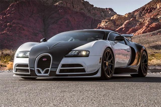 """Tiền thuê siêu xe Bugatti Veyron trong 24 giờ đủ để mua một chiếc Toyota Camry """"đập hộp"""""""