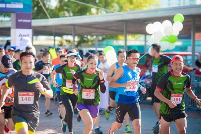 "VPBank đồng tổ chức giải chạy ""Hanoi International Heritage Marathon"""