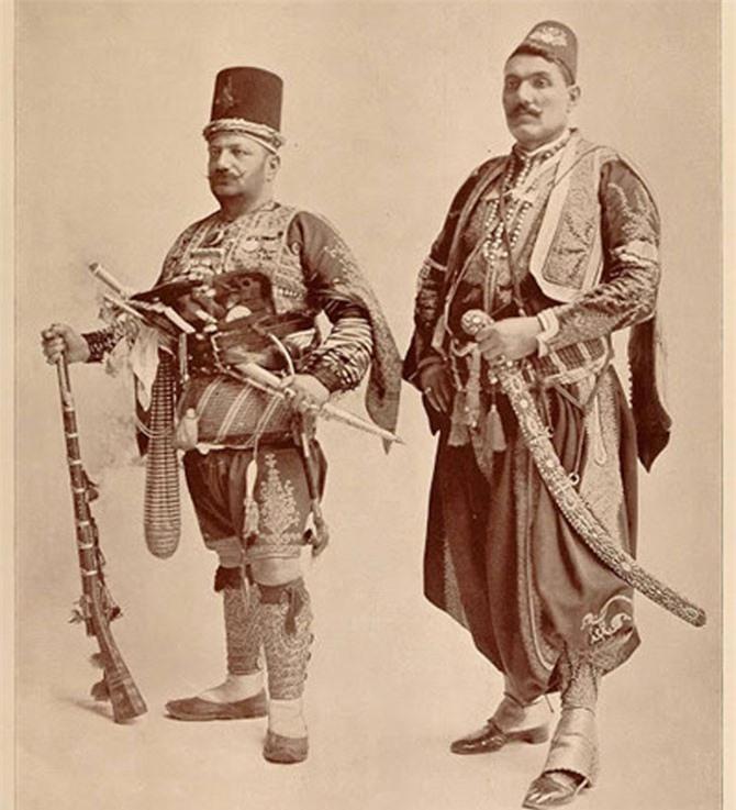 Chân dung đẹp hiếm có của các tộc người cuối thế kỷ 19