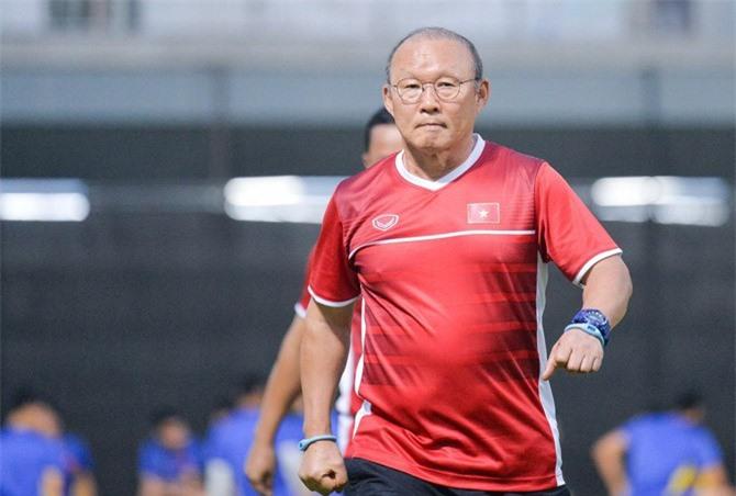 HLV Park Hang-seo thừa nhận gặp áp lực tại AFF Cup 2018