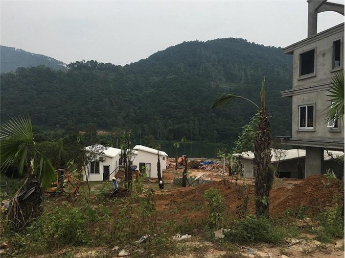 """Xóa biệt thự ở rừng phòng hộ Sóc Sơn, Hà Nội có """"quân lệnh như sơn""""?"""