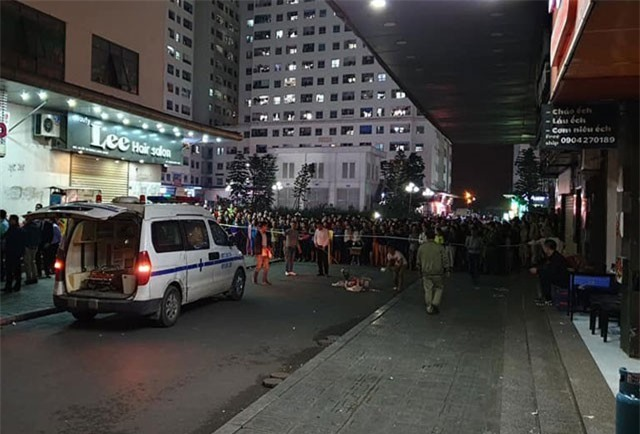 Vụ trẻ sơ sinh rơi ở sân chung cư Hà Nội: Nhân chứng nói gì?