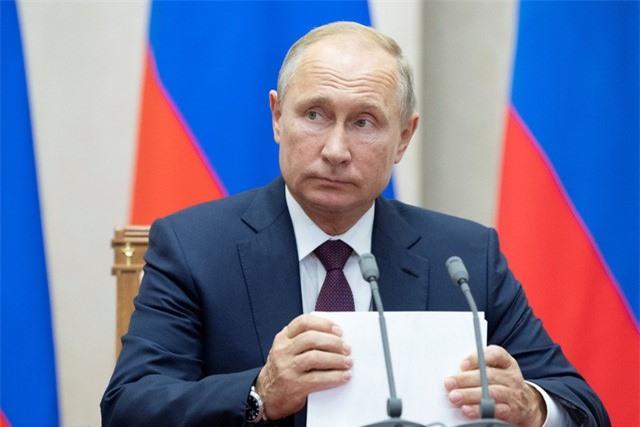 Tổng thống Putin tuyên bố sẽ phi đô la hóa nền kinh tế Nga