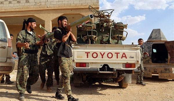 Mỹ điều 400 xe tải chở vũ khí tới Manbij sau đe dọa của Thổ Nhĩ Kỳ