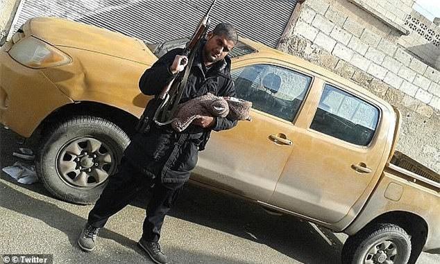 Syria: Đồ tể IS khét tiếng bị máy bay không người lái đoạt mạng