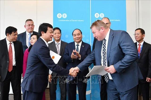 Thủ tướng Nguyễn Xuân Phúc dự Tọa đàm Doanh nghiệp Việt Nam - Đan Mạch