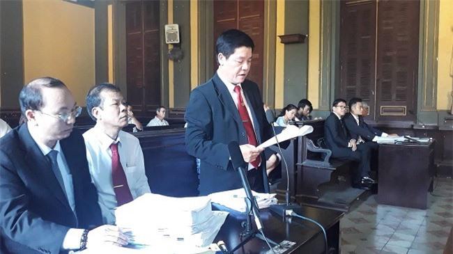 'Đại chiến' Vinasun - Grab: VKS đề nghị Grab bồi thường 41,2 tỉ đồng cho Vinasun