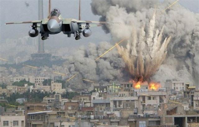 """Máy bay Syria trút """"mưa bom"""", khủng bố IS chết như ngả rạ"""