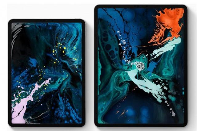 iPad Pro 11 inch và iPad Pro 12,9 inch (phải).
