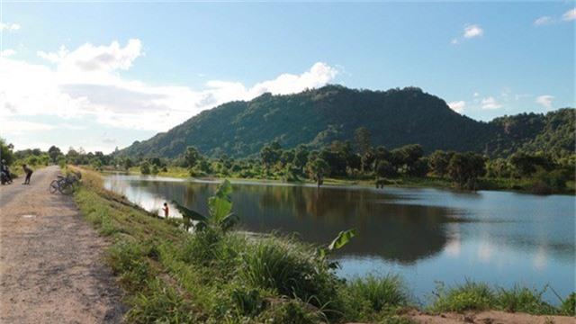 Hồ Ô thum thanh bình, yên ả