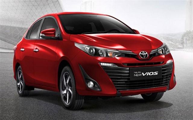 Toyota Camry 2019.