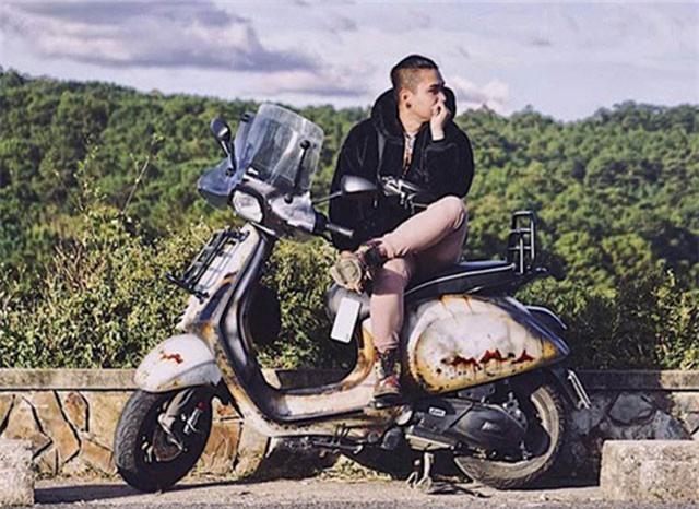 Thái Khang đi du lịch khắp nơi với chiếc xe độc đáo của mình.