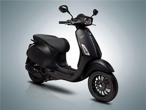 Piaggio Việt Nam làm mới Vespa Sprint và GTS. Hãng xe máy nước Ý chính thức cho ra mắt phiên bản mới của hai mẫu Sprint và GTS tại Việt Nam, với thay đổi duy nhất là màu sơn mới; nhưng trong khi mẫu GTS giữ nguyên giá bán với cả hai phiên bản 150cc và 300cc thì mẫu Sprint lại có mức chênh lệch 2 - 3 triệu đồng. (CHI TIẾT)