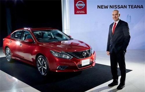 Nissan Teana mới này đã được thiết kế lại một cách thanh lịch để trở thành chiếc sedan hạng sang cao cấp