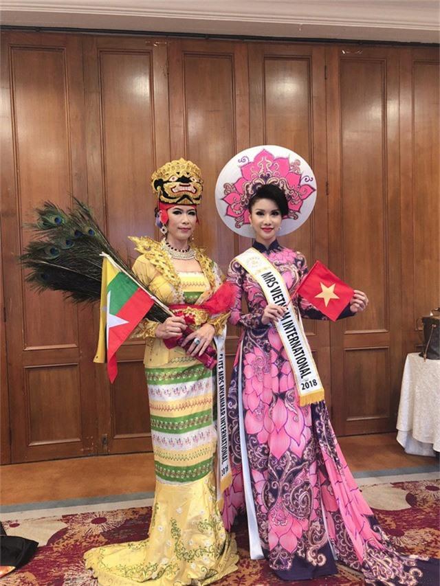 Loan Vương đăng quang Hoa hậu Quý bà quốc tế 2018 - Ảnh 5.