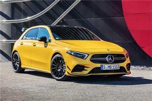 Cận cảnh Mercedes-AMG A35 mạnh 306 mã lực, giá hơn 1 tỷ đồng. Mẫu xe Mercedes-AMG A35 4Matic 2019 sẽ là đối thủ của Audi S3 trước khi phiên bản A45 AMG được giới thiệu. Mức giá cho mẫu xe hatchback hiệu suất cao này từ 46.228 USD (khoảng hơn 1 tỷ đồng). (CHI TIẾT)