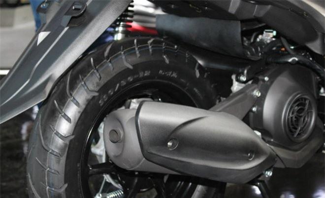 Yamaha Free Go nếu có nhập về Việt Nam chắc chắn sẽ cạnh tranh ngay với các mẫu xe ga như Honda Vision, Honda Air Blade.