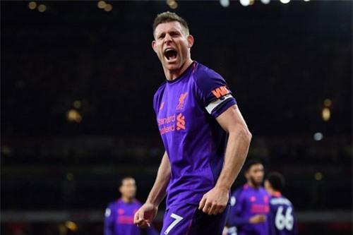 Tiền vệ: James Milner (Liverpool).