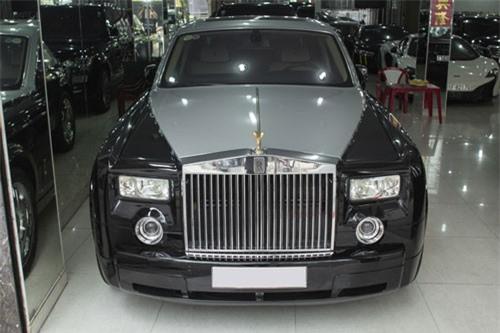 """Nhà giàu Việt chơi xe Rolls-Royce, 10 năm """"bay"""" đôi chục tỷ"""