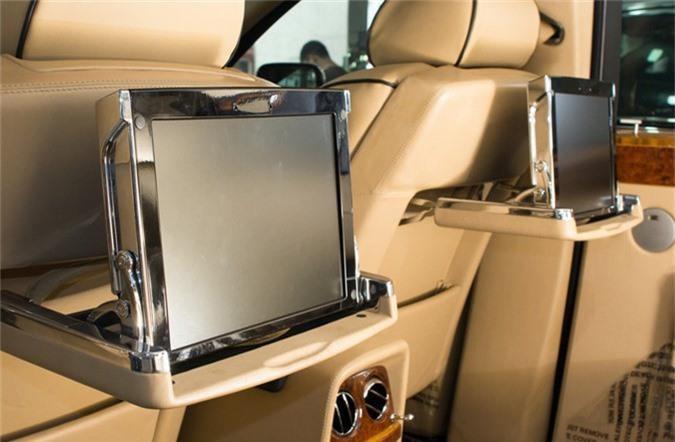 Thú chơi xe - Nhà giàu Việt chơi xe Rolls-Royce, 10 năm 'bay' đôi chục tỷ (Hình 5).