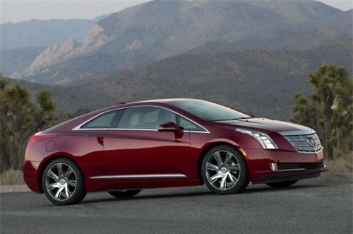 6. Cadillac ELR (giá khởi điểm: 75.995 USD).