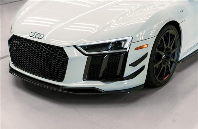 Audi R8 V10 hieu suat cao ra mat voi gioi han 10 chiec hinh anh 2