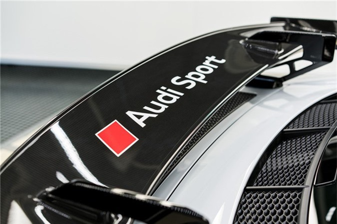 Audi R8 V10 hieu suat cao ra mat voi gioi han 10 chiec hinh anh 7
