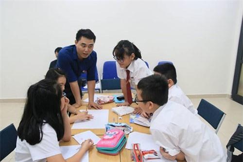 Nhiều giáo viên trẻ chọn trường tư để giảng dạy. Ảnh: Trọng Hoàng