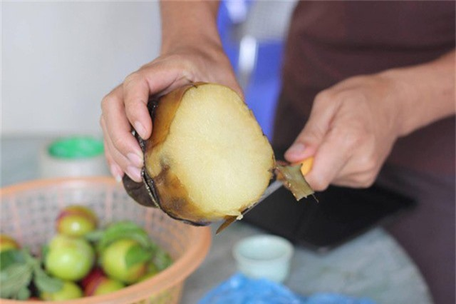 Người dùng có thể sử dụng bằng cách ăn sống, ép lấy nước hay nấu canh đều tốt.