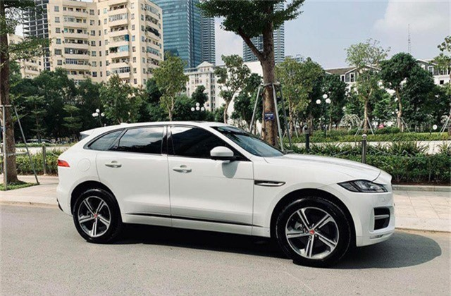 Mới lăn bánh 868 km, Jaguar F-Pace R-Sport đã bị đại gia Việt bán vội với giá trên 4 tỷ đồng - Ảnh 5.