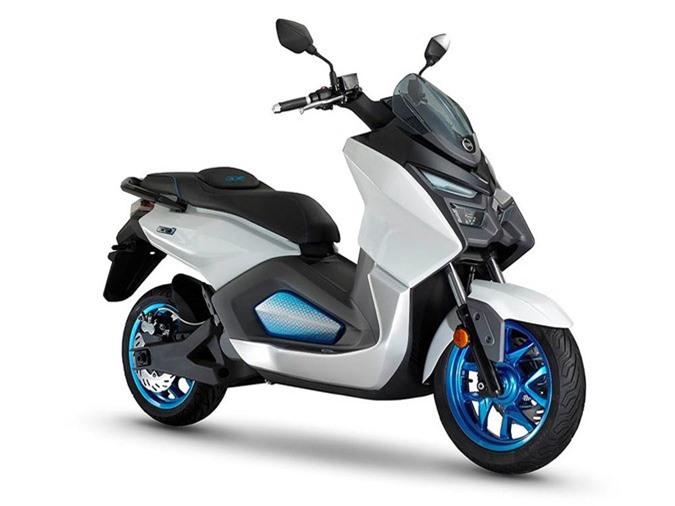Xe tay ga chạy điện SYM EE1 có thể đạt vận tốc 130km/h ảnh 1