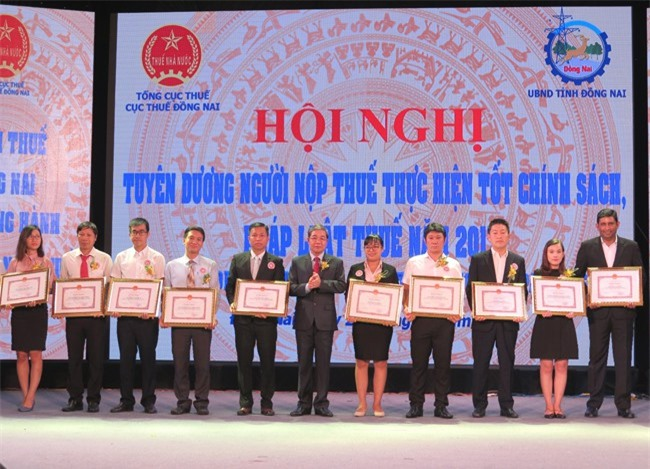 Nestle là một trong nhiều doanh nghiệp vừa được UBND tỉnh Đồng Nai tặng bằng khen về thành tích nộp thuế tốt (ảnh DM)