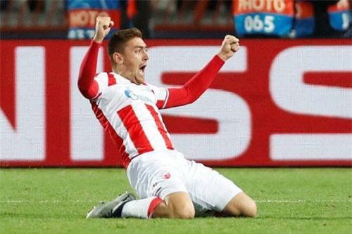 Tiền đạo: Milan Pavkov (Red Star Belgrade).